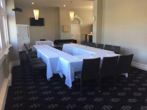 conference Ushape style setting 2